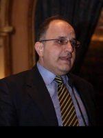 الدكتور مهند احمد حلوش